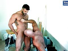 hombres-cogiendo